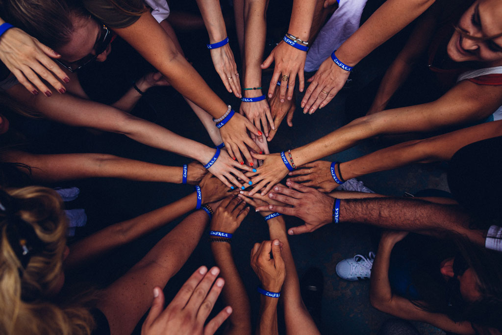 many hands, charity program 1point3creative